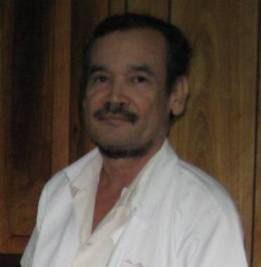 20110531222017-dr.-rcardo-cuadra.jpg