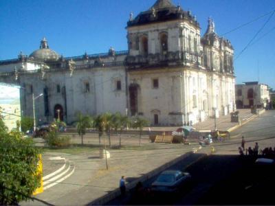 20110705214540-catedraleon.jpg