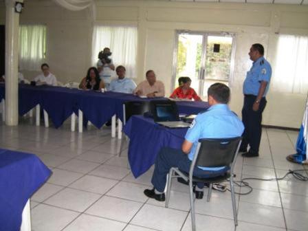 20110713231924-policiareunion-con-las-universidades.jpg
